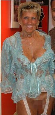 Granny Anni Death Fact Check, Birthday & Age | Dead or Kicking